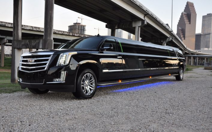 Top Reasons to Hire a Limousine Service