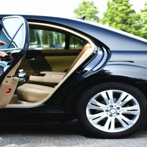Benefits of Hiring a Driving Service